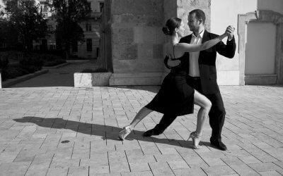 Tangó Óra a Vár Milonga előtt: A 40-es évek figurái (Andrea & Endre, minden szint)
